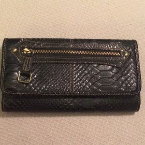 Faux Crocodile Black Wallet